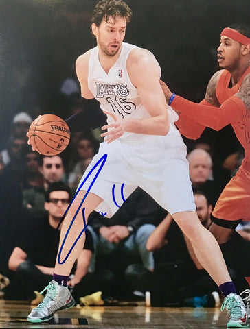 Pau Gasol Authentic Signed 8x10 Photo (COA) Los Angeles Lakers All Star