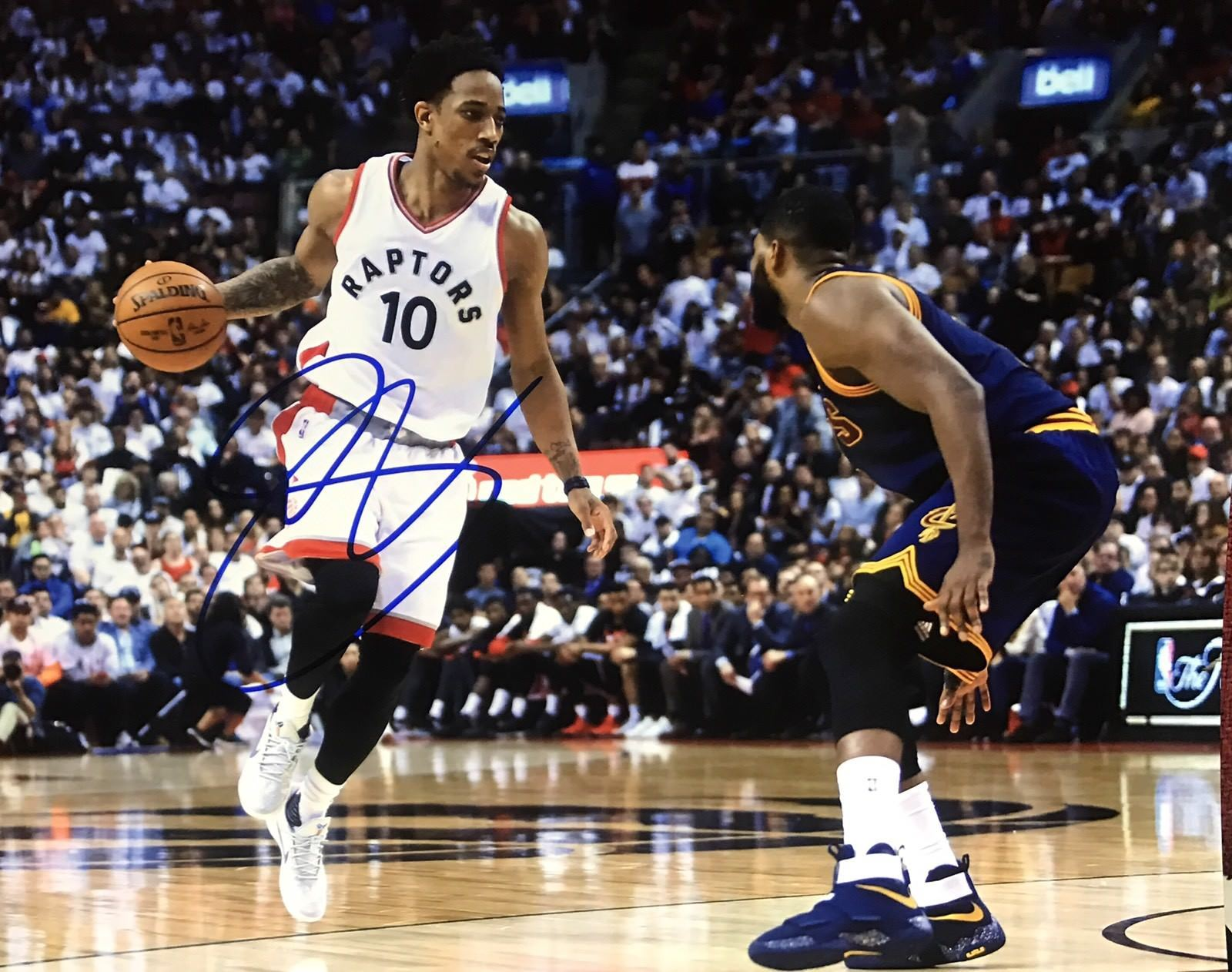 Demar Derozen Authentic Signed 8x10 Photo - ALL STAR TORONTO RAPTORS - Top Notch Signatures LLC