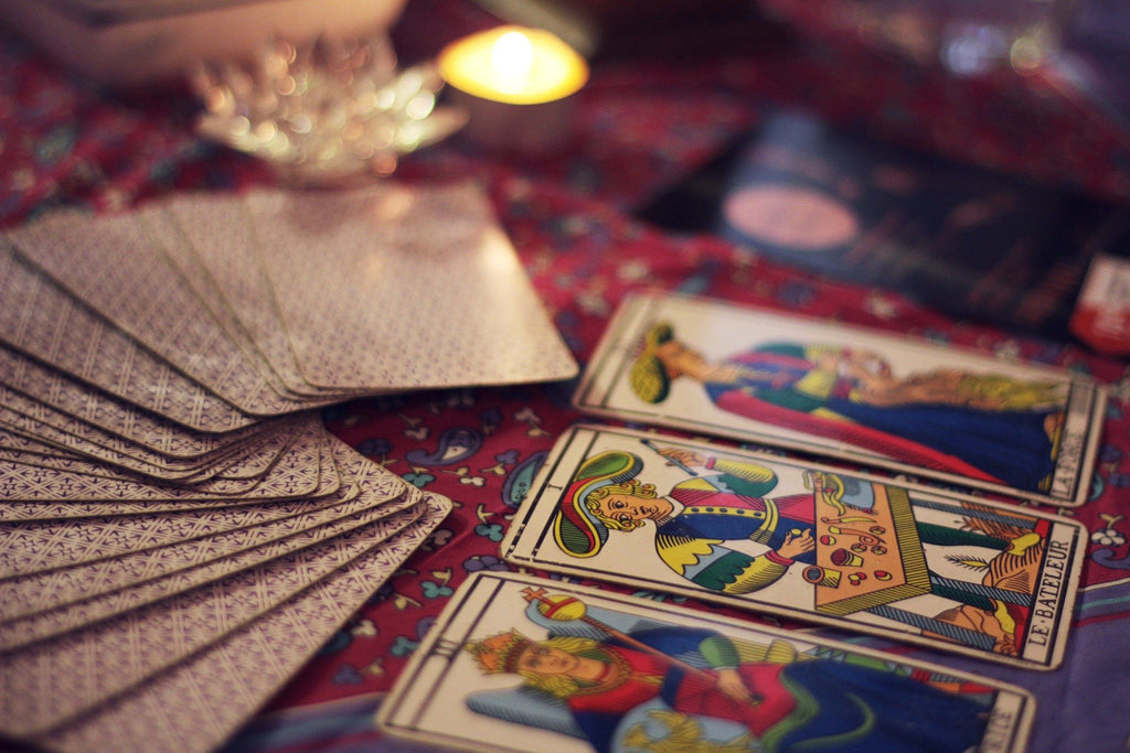 Fake News, Intuition, and Tarot