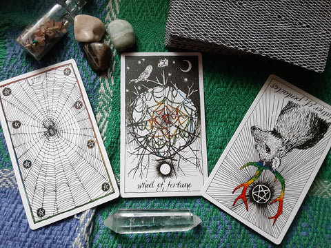 Learn How to Read Tarot Cards: The Art Of Intuitive Tarot Online LIVE CLASS