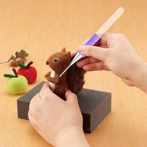 DIY Sewing-Wool DIY Needle Felting Handle Holder with 2 Conversion Needles