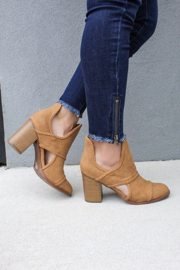 'WELLS' Bootie - TAN FINAL SALE