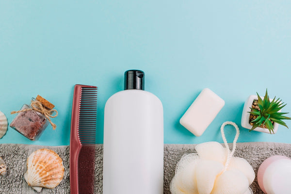 Dandruff shampoo and accessories