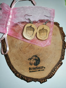 Acorn Wood Engraved Earrings #Acorn