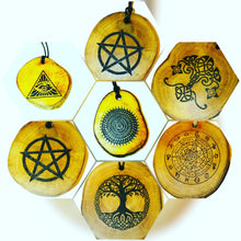 Personalised Handmade  Eco Friendly Wooden  Scented Oil Diffuser Home Car Air Freshener  Charms Custom Image / Text / Logo