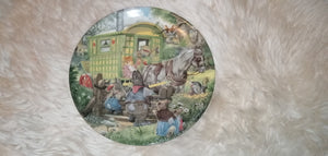 Wind in the Willows Gypsy Caravan Collectable Plate #Wedgewood