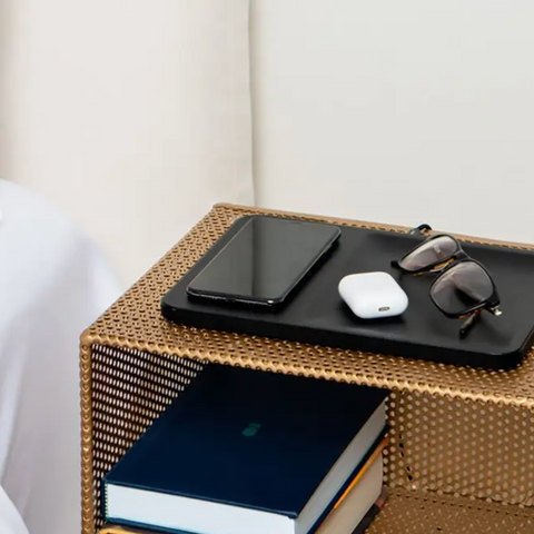 COURANT CATCH:3 Wireless Charging Tray in Black Leather