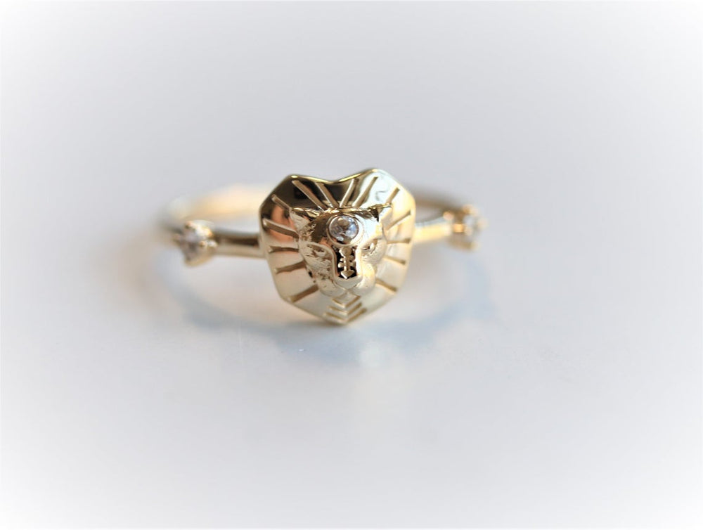 Leo Ring | 14K Leo Ring With White Sapphire