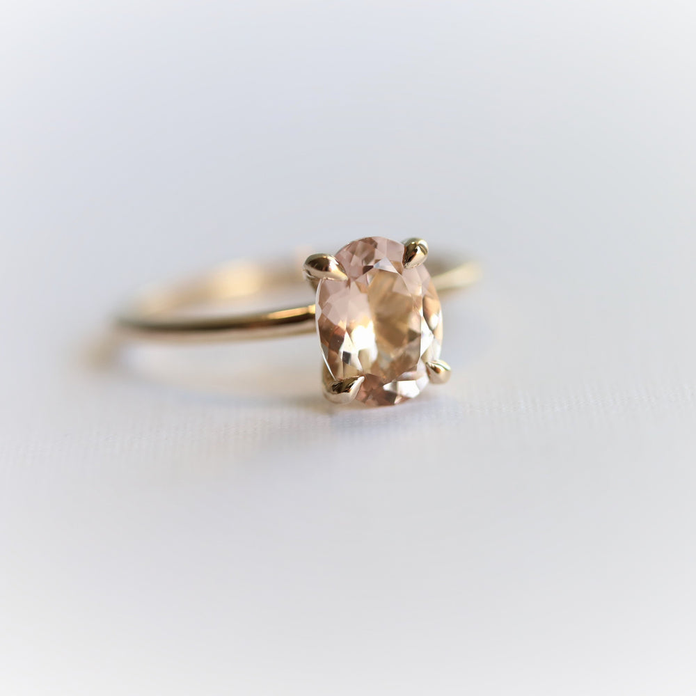 ALVA | 1 Ct. Oval Natural Peach Morganite Solitaire Ring