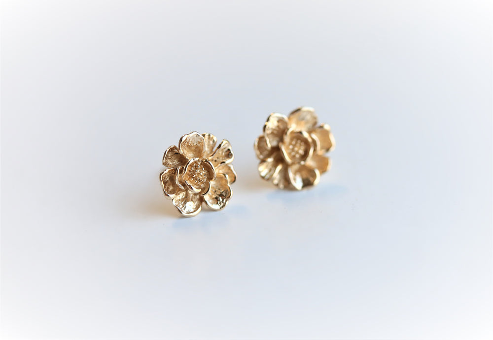 PEONY NO.5 | 9K and 14K PEONY Stud Earrings
