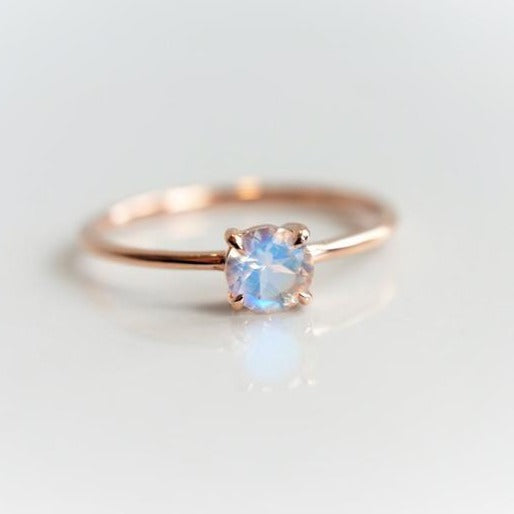 EVA | 0.4 ct. Round Rainbow Moonstone Solitaire Promise Ring