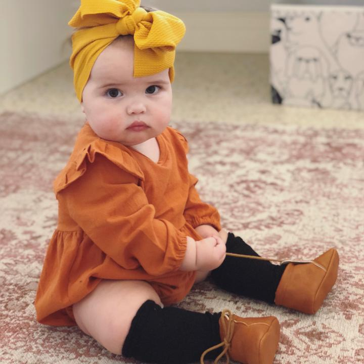 Baby girl outfit inspiration - vintage romper & ivy topknot
