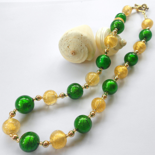 Necklace w/ dark green (emerald) & light (pale) gold Murano glass sphere beads on gold