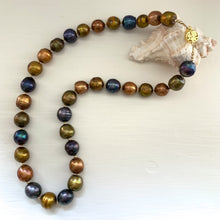 Necklace with cultured freshwater multicolours baroque 'Kasumi' near round pearls on silver or gold