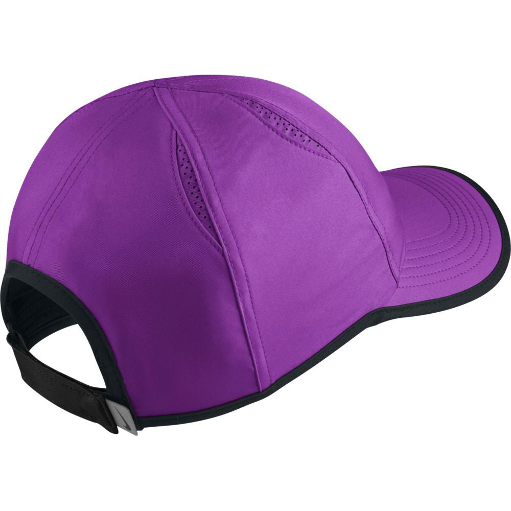 cb169b7d15352 Nike AeroBill Featherlight Tennis Hat
