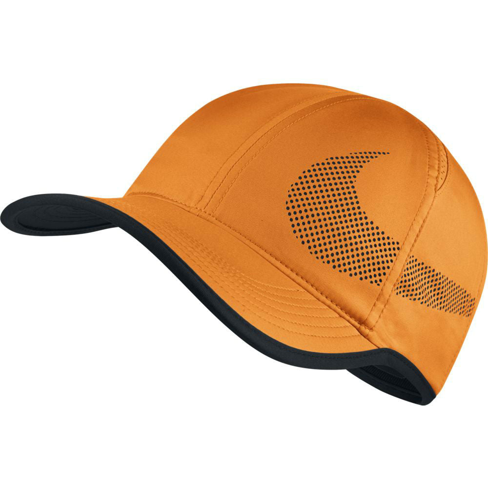 3f4ae571573 Nike AeroBill Featherlight Tennis Hat