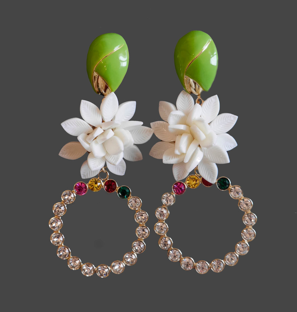 FLOWERS AND CRYSTALS CIRCLE EARRINGS