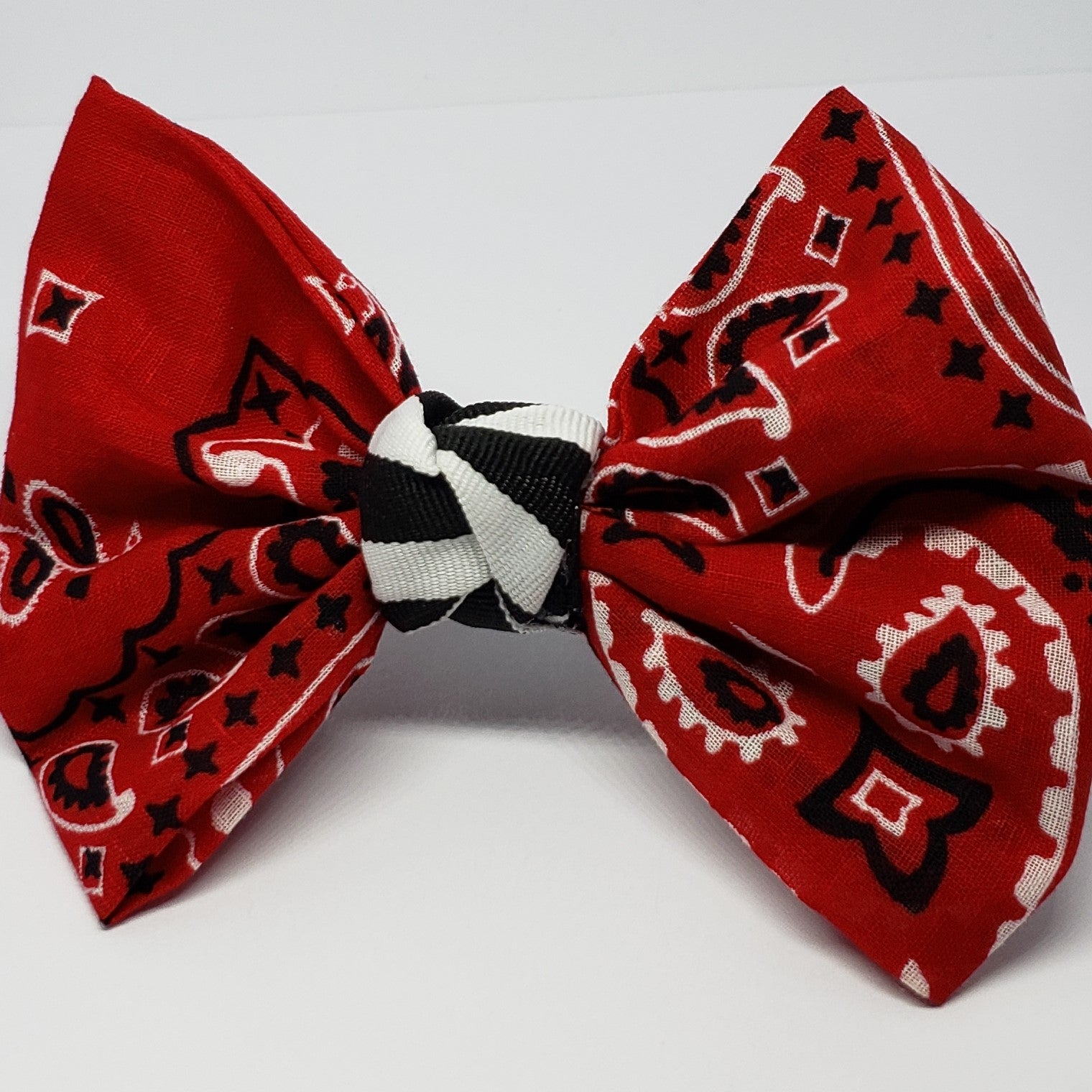 Victoriah Bandana Krazi Bow in Red, Black & White - Houzz of DVA Boutique