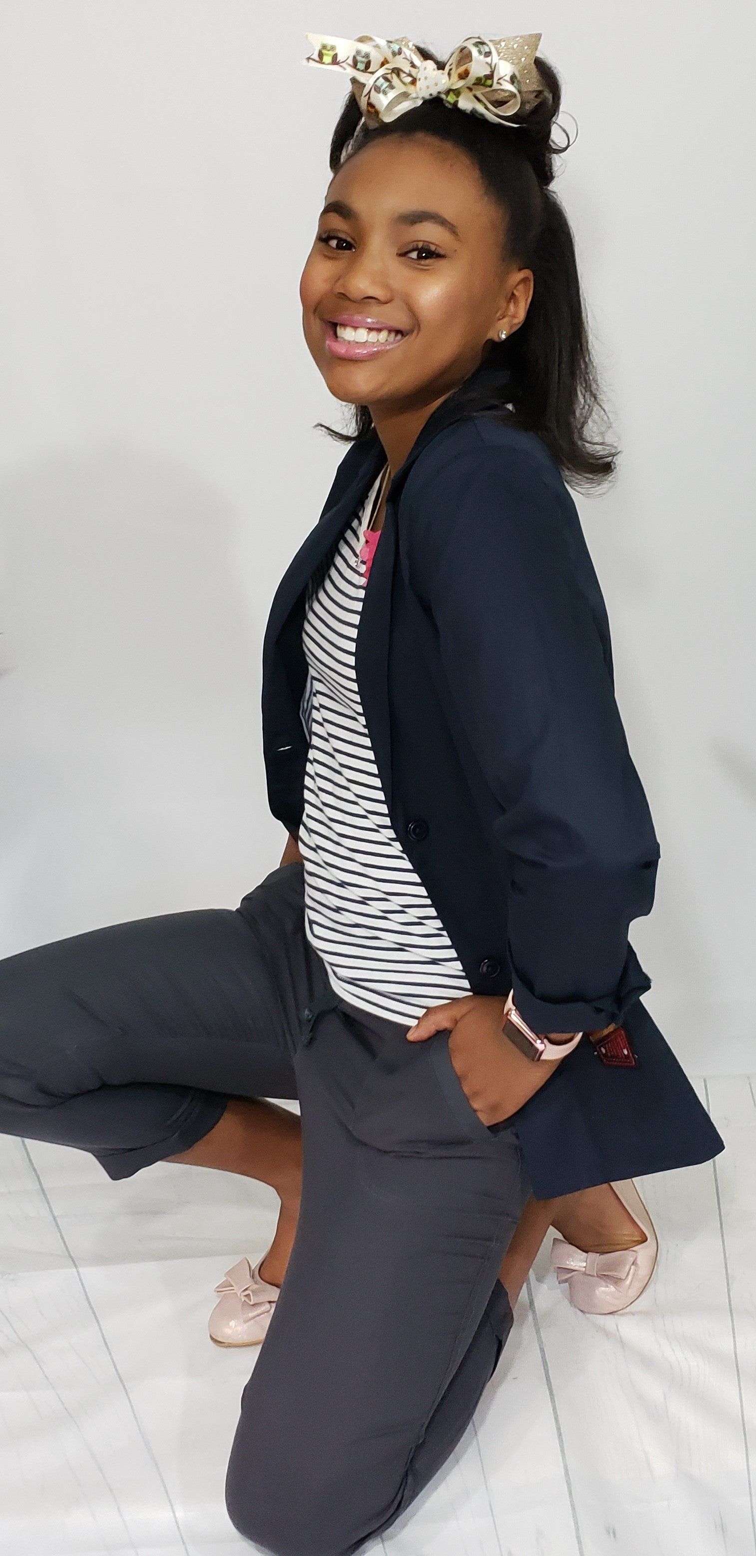 Kelly-Ann Soft Relaxed Fit Jogger Pants in Navy - Houzz of DVA Boutique