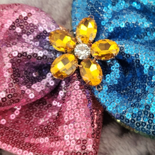 Zyilaya Flower Gradient Bow - Houzz of DVA Boutique