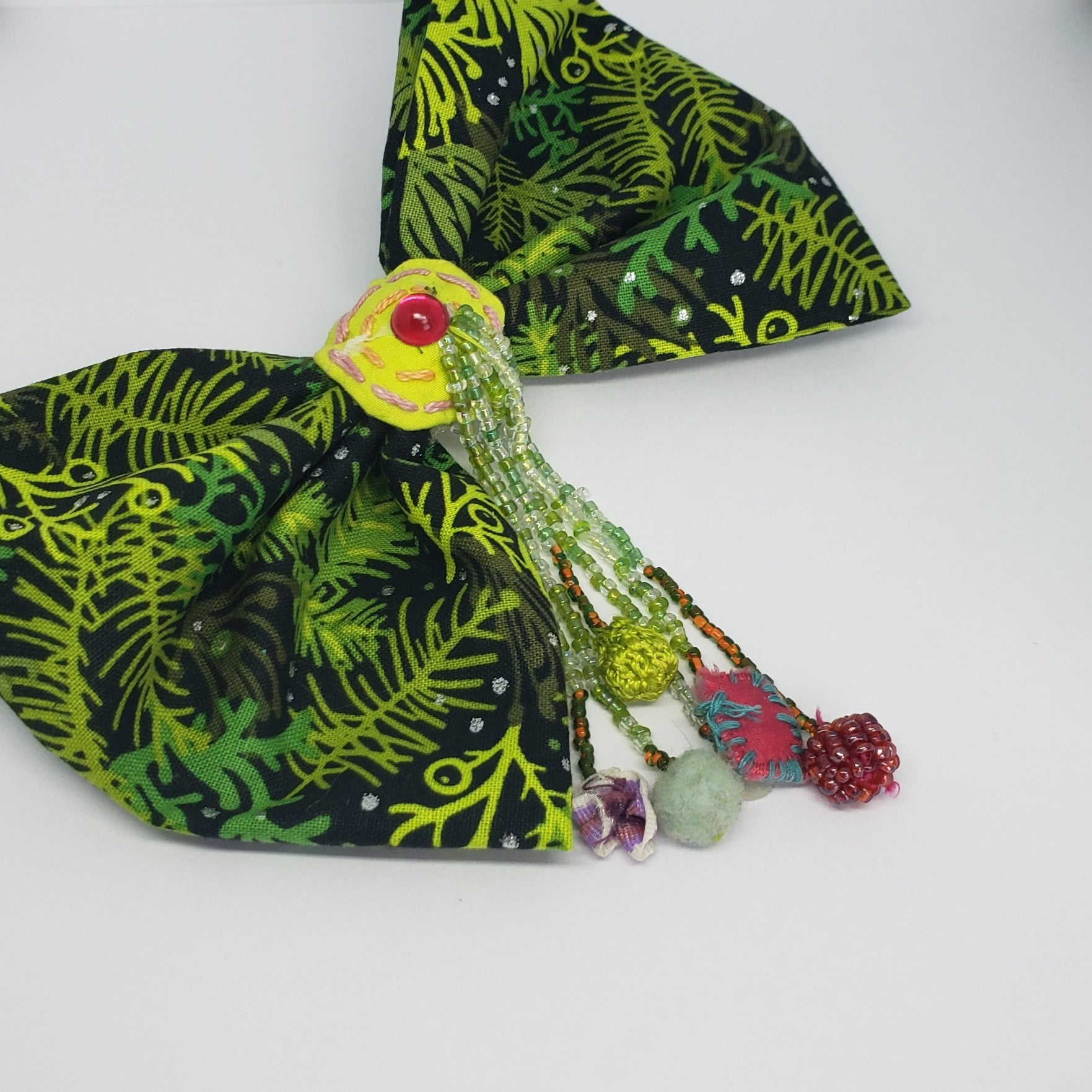 Kaelyn Holiday Ornaments Bow - Houzz of DVA Boutique