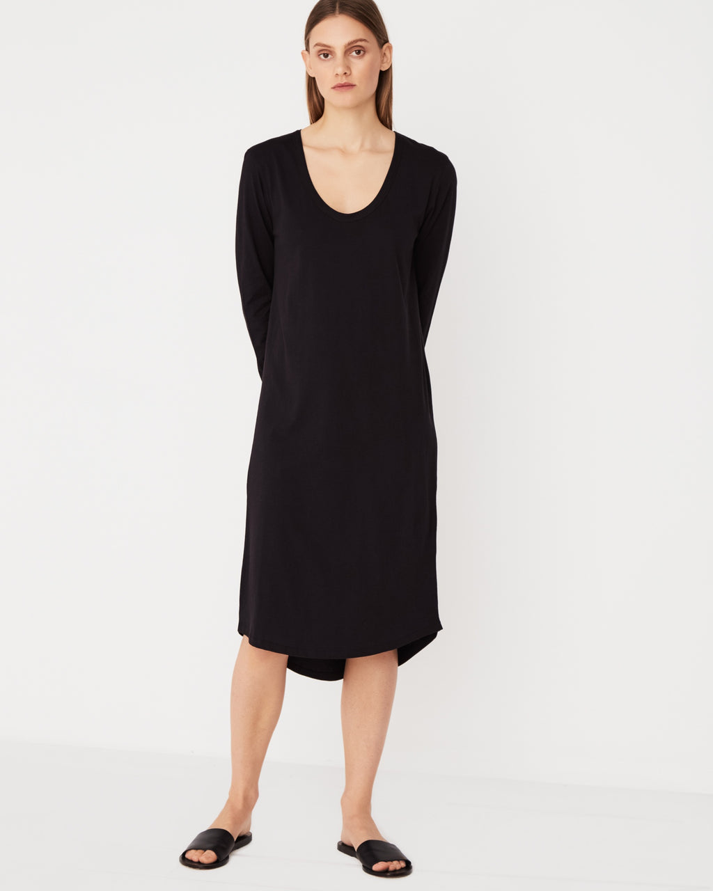 Soft 'V' L/S Dress / Black