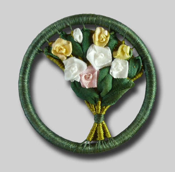 Rose Bouquet - Dorset Button Brooch Kit