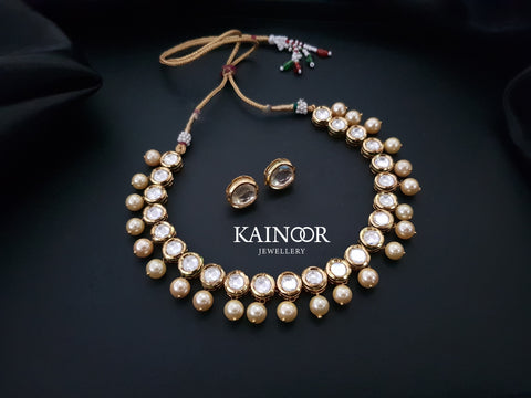 Kundan Sleek Necklace
