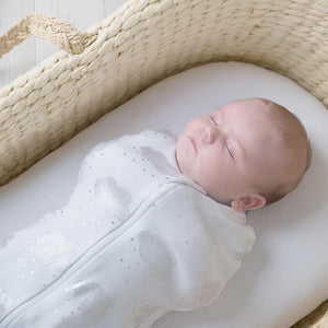 ZIP UP SWADDLE CLOUDS 3-6M