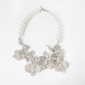 DIAMONTE FLOWER GARDEN PEARL BACK NECKLACE