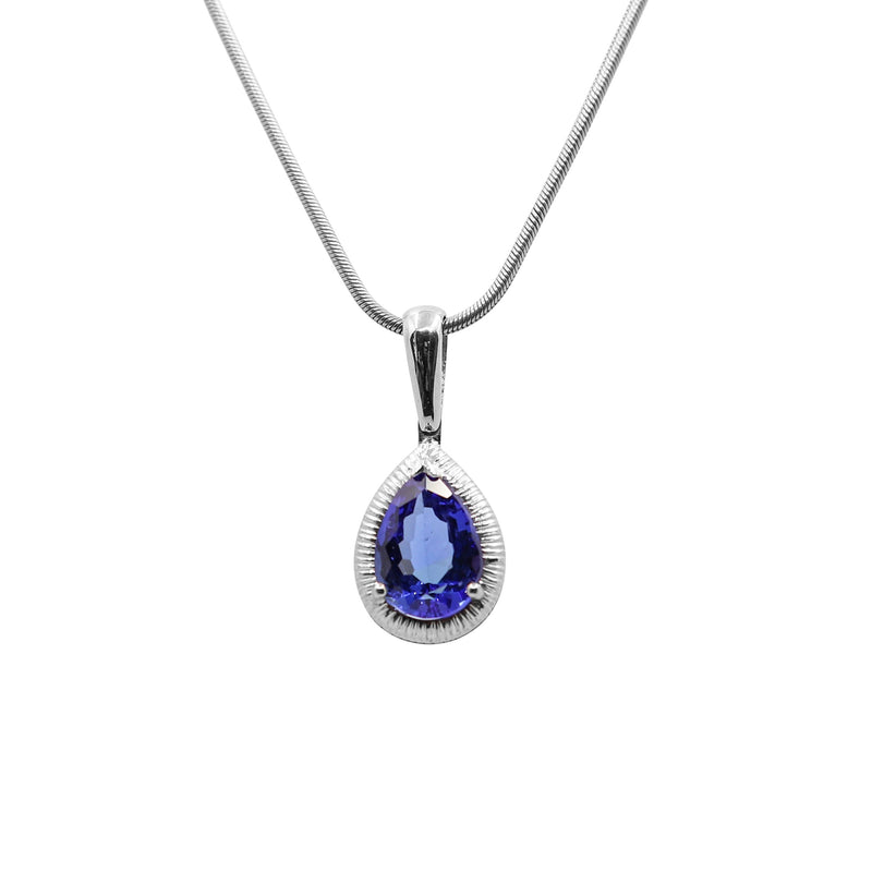 Pear shaped Tanzanite Pendant set in White Gold