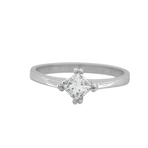 18kt White Gold Solitaire Diamond Ring - Cape Diamond Exchange