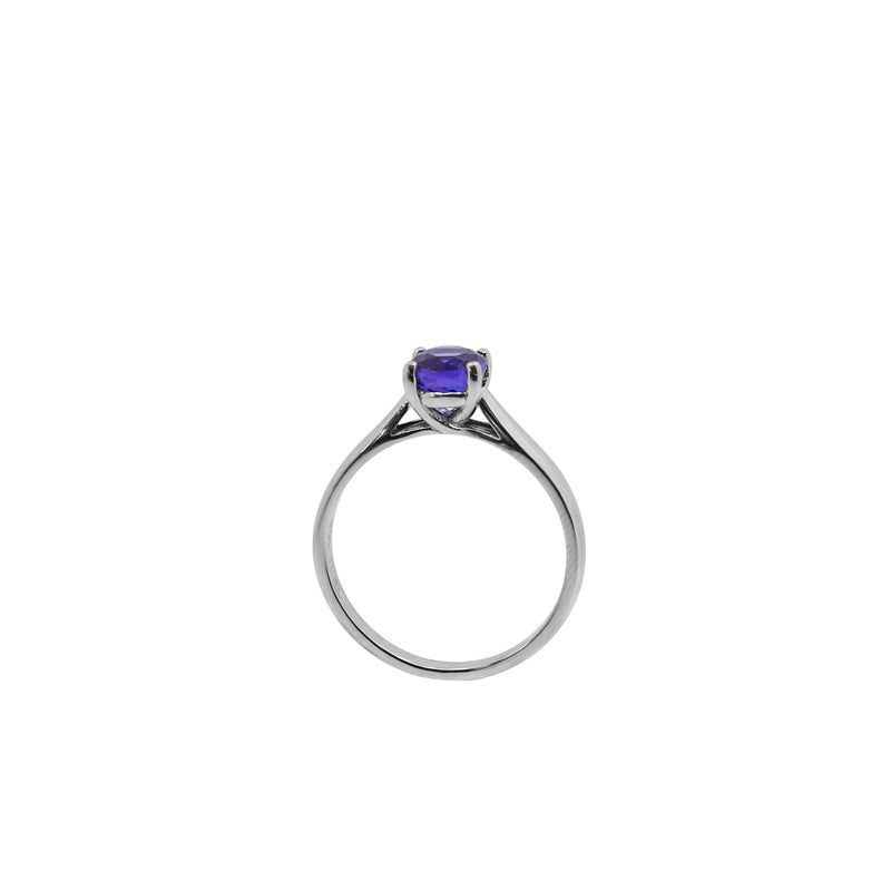 Solitaire Tanzanite Stone set in White Gold