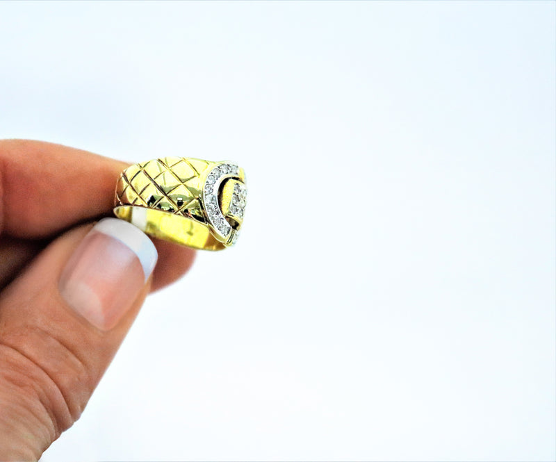 18kt Yellow Gold Buckle Diamond Ring - Cape Diamond Exchange