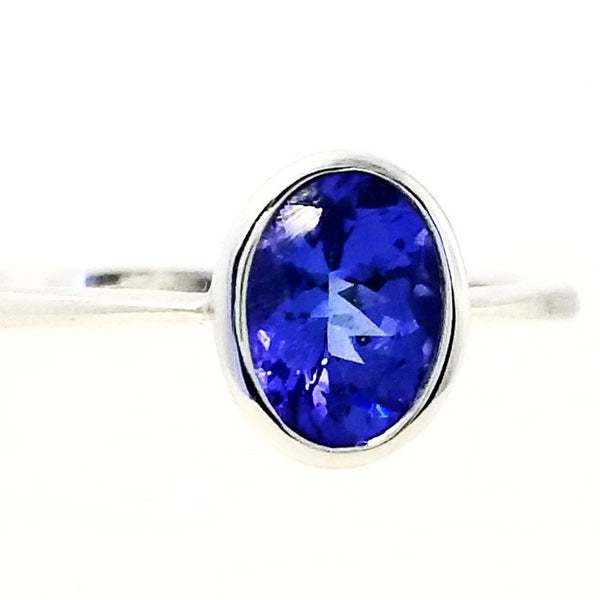 Oval Tanzanite in Tube setting Ring