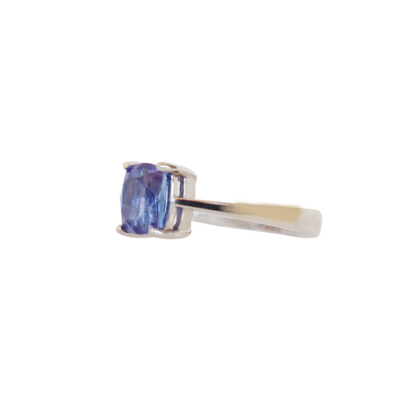 18 kt White Gold Cushion cut Tanzanite Ring - Cape Diamond Exchange