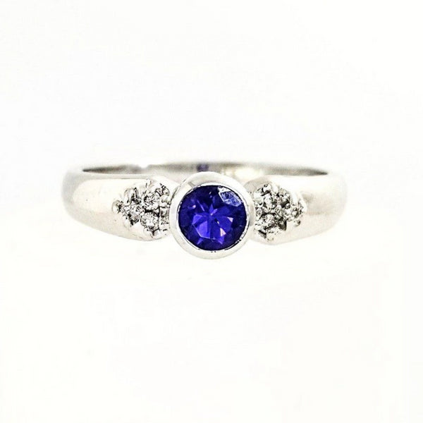 18 kt White Gold Ring with Tanzanite and Diamonds - Cape Diamond Exchange