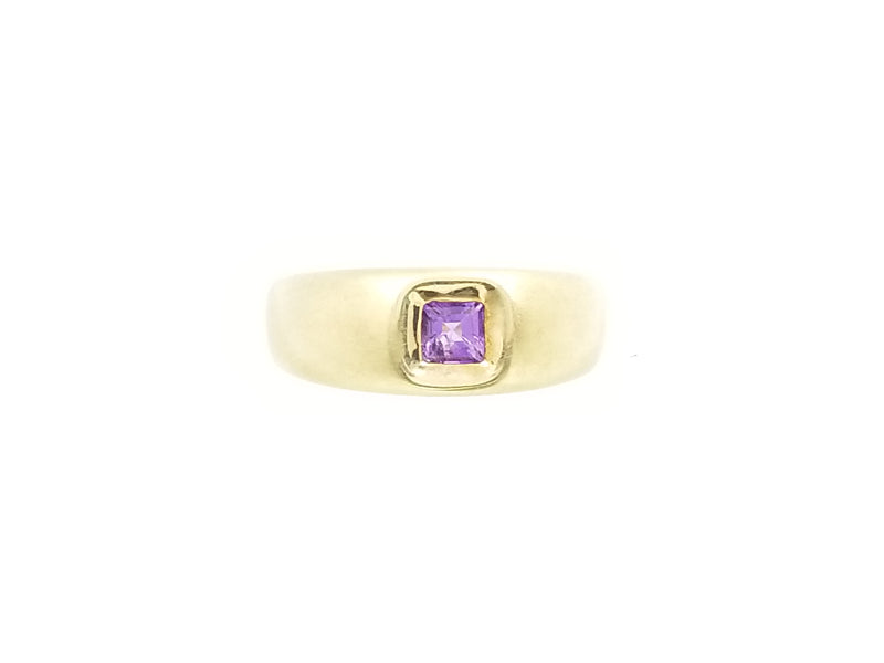 Yellow Gold Amethyst Ring Matte finish