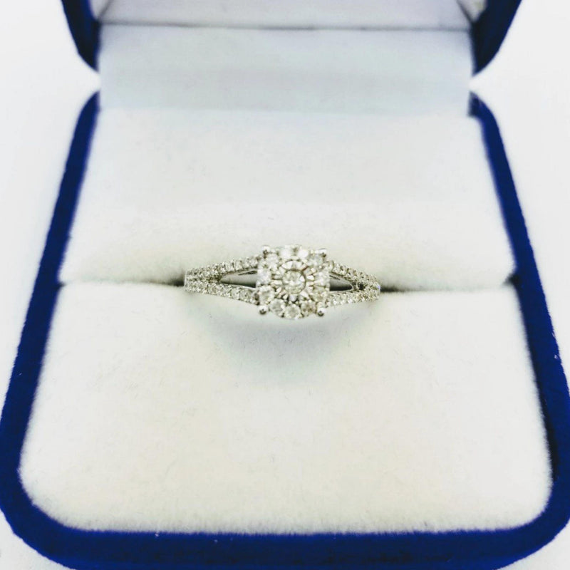 14 kt White Gold and Diamond Ring - Cape Diamond Exchange
