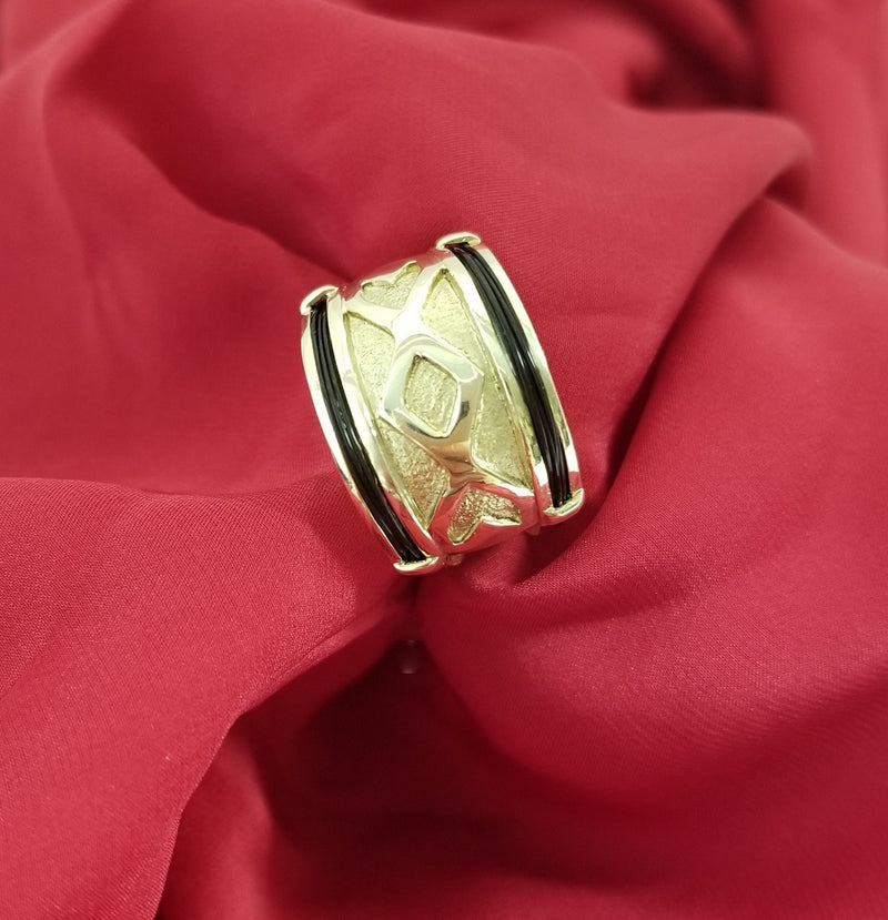 Wide Yellow Gold Ring with Elephant Hair - Cape Diamond Exchange