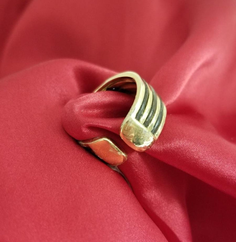 Gold Ring with Elephant Hair and Diamonds Shape - Cape Diamond Exchange