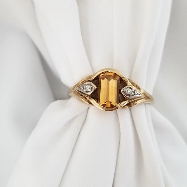 9 kt Yellow Gold Yellow Cubic Zirconia Ring
