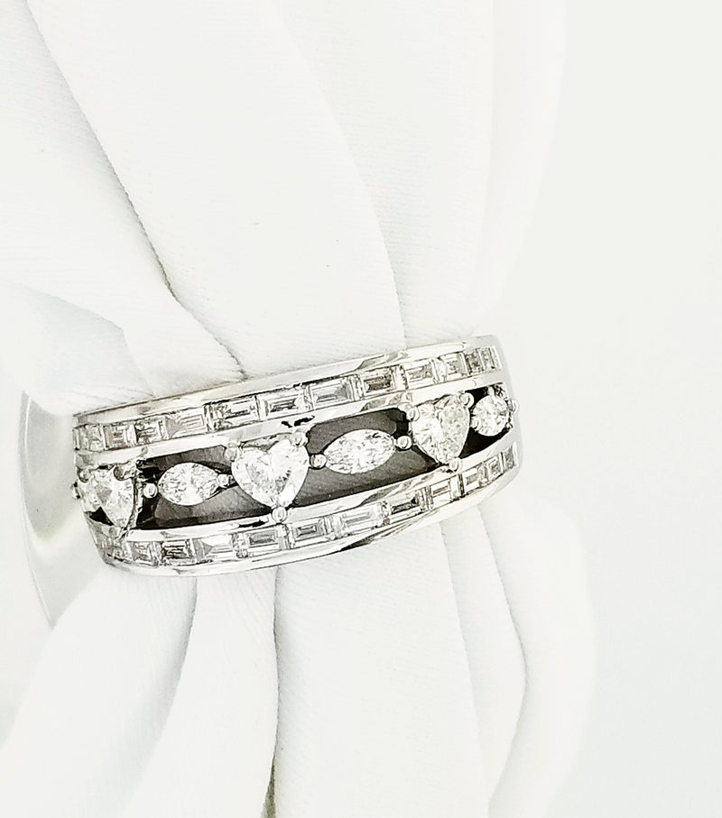 18 kt White Gold Ring With Fancy Shape Diamonds - Cape Diamond Exchange