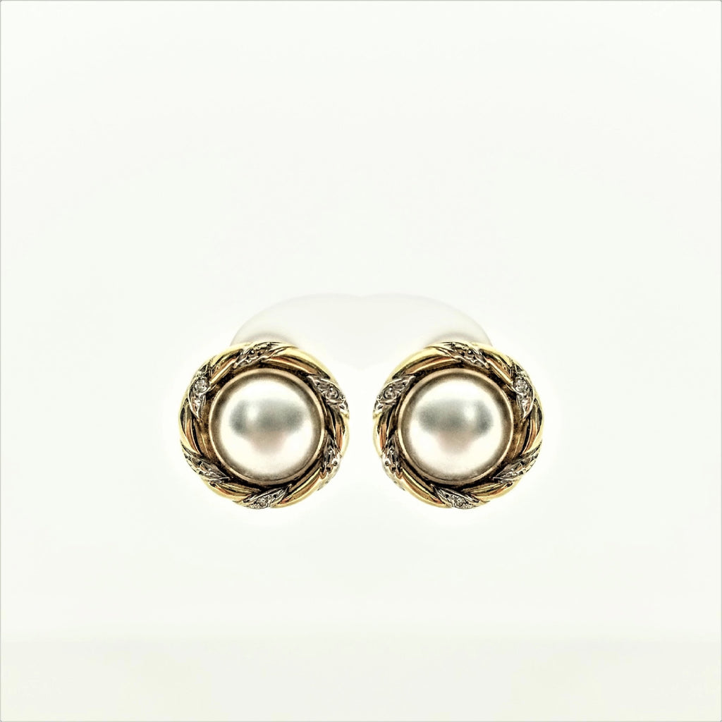 Mabe Pearls Earrings With Diamonds