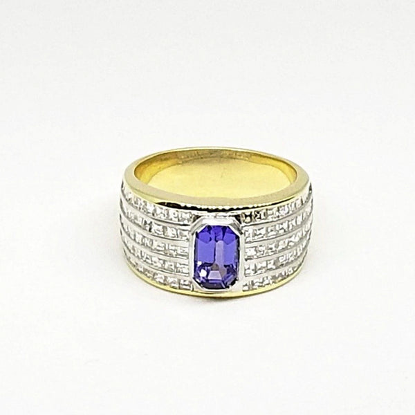 18 kt Yellow Gold Tanzanite and 100 Diamonds ring - Cape Diamond Exchange