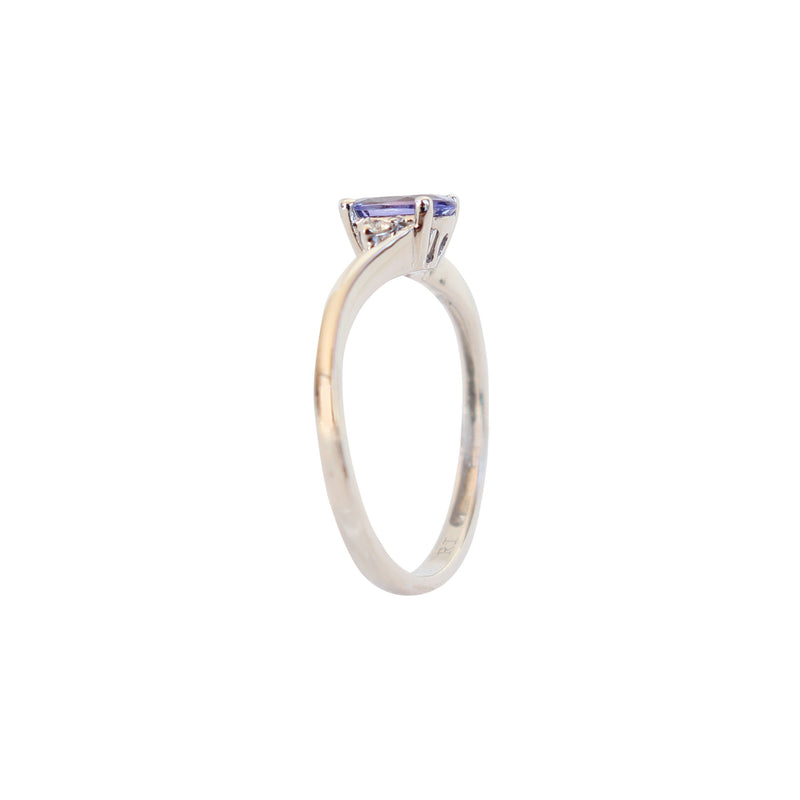 Diamond and Tanzanite Twist ring in 9 kt White Gold - Cape Diamond Exchange