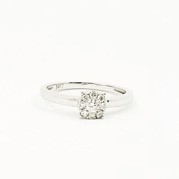 14 kt White Gold Diamond Ring, illusion combination
