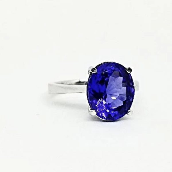 Oval Shape Tanzanite Stone set in White Gold Ring