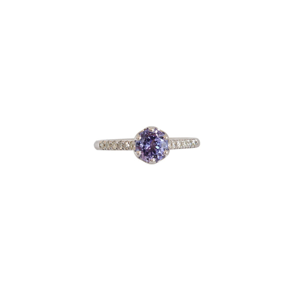 9 kt White Gold Crown Claw Tanzanite and Diamond Ring
