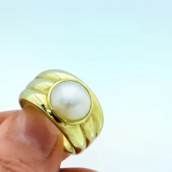9kt Yellow Gold Mabe Pearl Ring - Cape Diamond Exchange